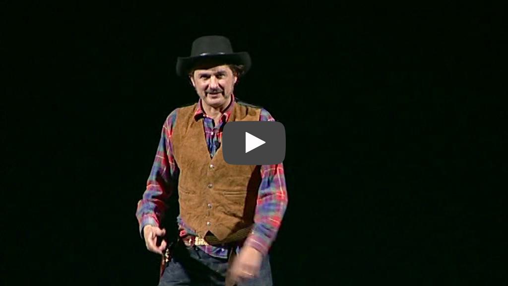 Alessandro Paci in una delle sue migliori interpretazioni: il cowboy.